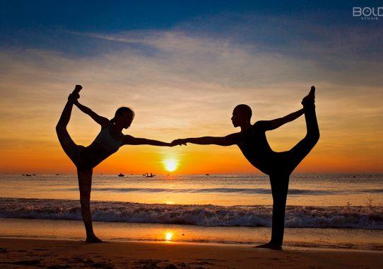 Báo Doanh nhân Thành Đạt: Yoga chắp cánh cho sự thành đạt