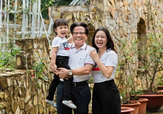 Chụp ảnh gia đình ở Biên Hoà