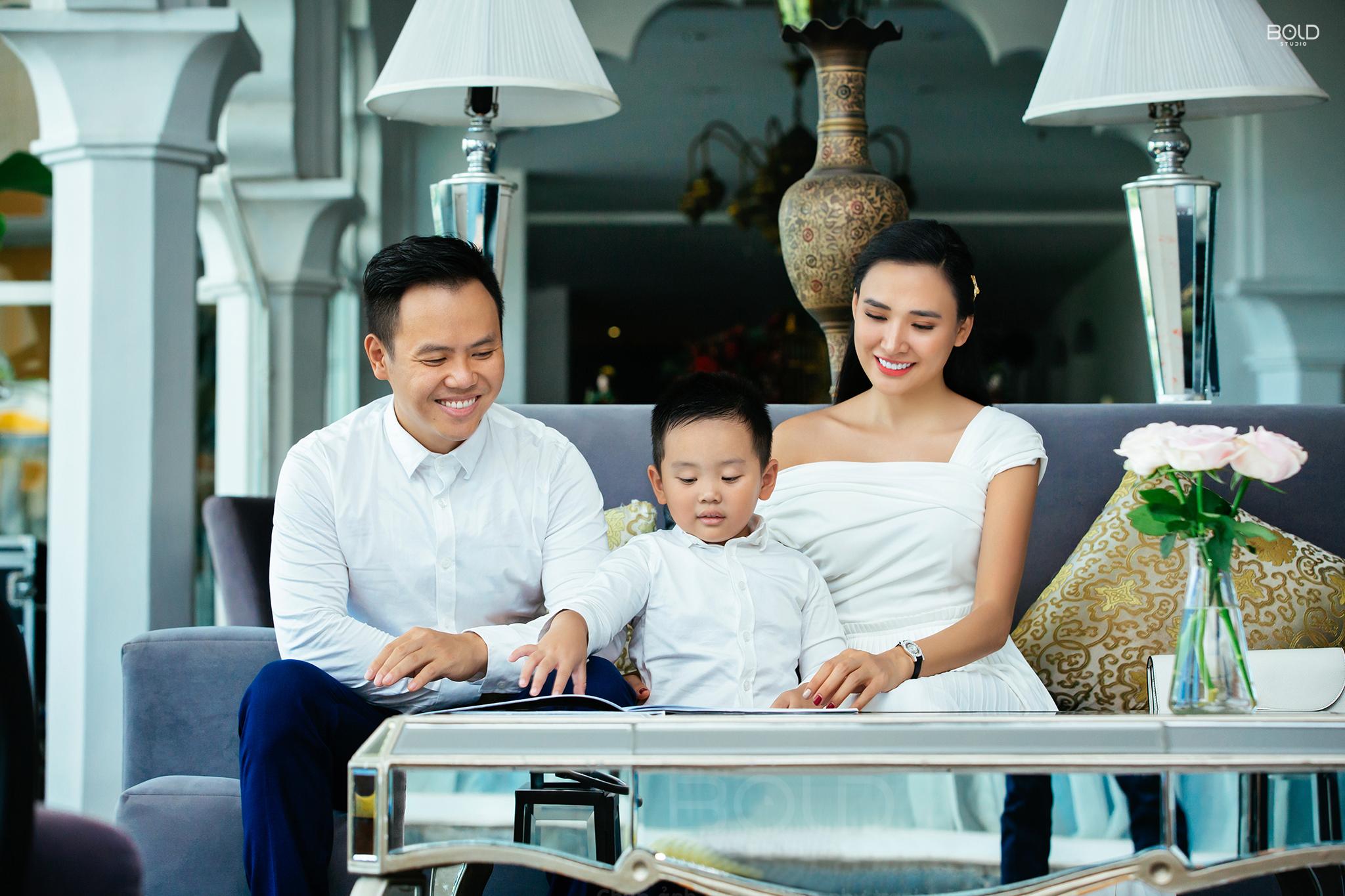 chụp ảnh gia đình ở chloe gallery