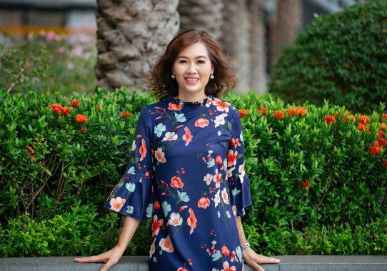 Chụp ảnh doanh nhân Nguyễn Thị Yến Phượng